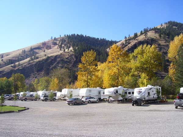 25 Feet Wide RV Sites With Full Hook Ups Scenic Mountain Views